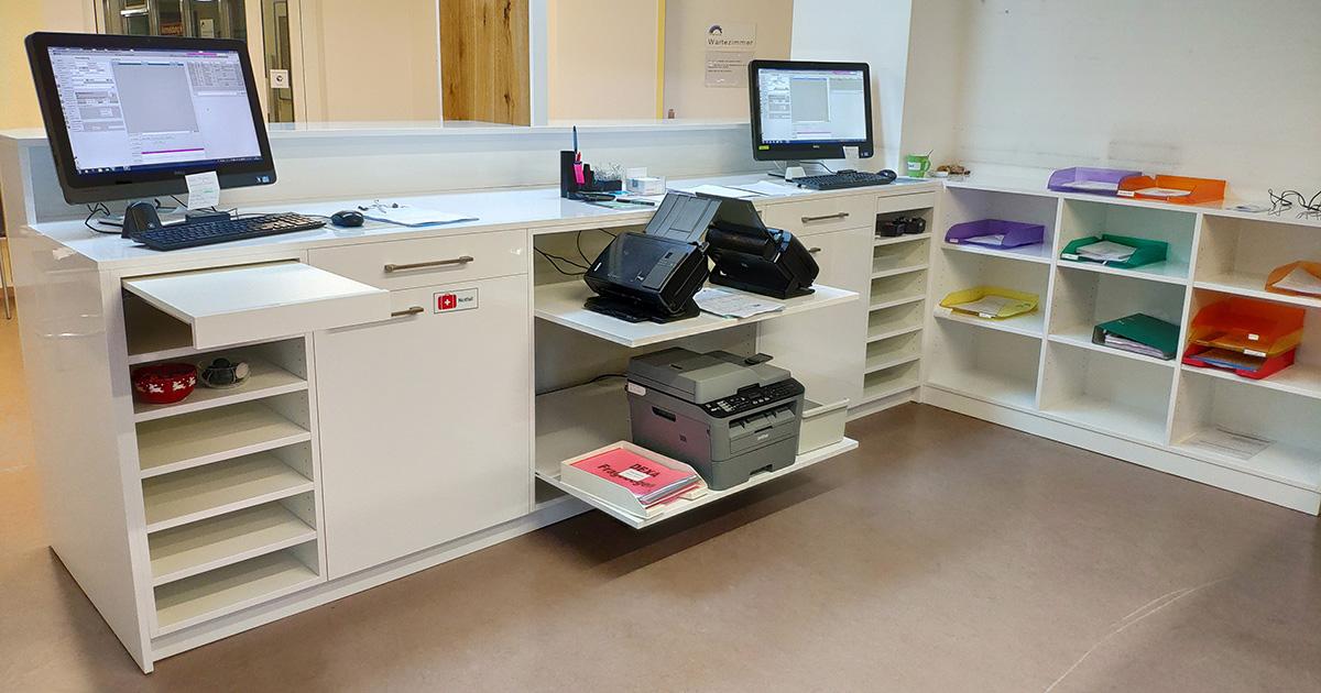 Büromöbel - Büroumau | Schreiner mit IT Wissen
